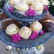 OK, now here is a work of art. Stephanie and her daughter Ruby supplied the yum, yum serving tray. A vintage table base, a round silver tray, a doilie, and a silver compote. Nice stackable dont you think? Cupcakes and cookies never looked so good!