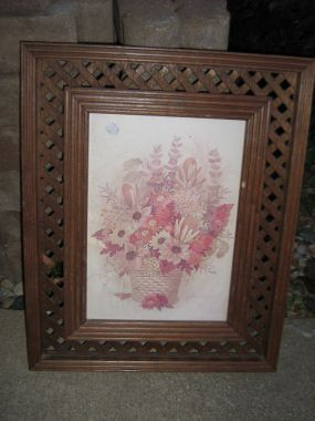 This is an old frame that I picked up for .50. The print was ugly and part of the lattice was broken.