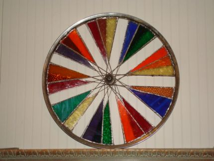 This is the completed wheel before I actually hung it outside!