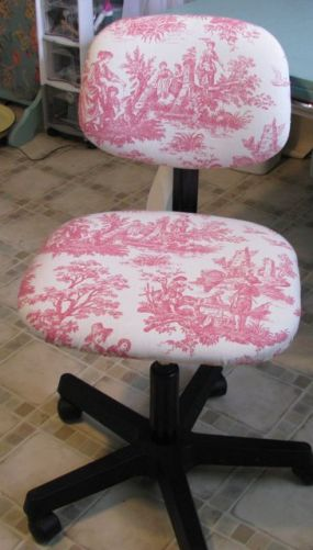 Just re-covered my work chair with a piece of toile I got at a garage sale yesterday.