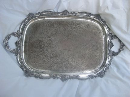Here is the stained, tarnished, and unloved silver-on-brass, ornate tray.  I tried cleaning it up, but it wouldnt cooperate.  So, I got myself some paint and some glass tiles....