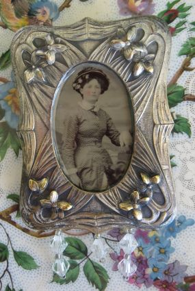 Lady in Hat Tintype Brooch