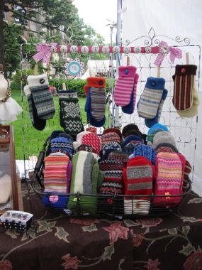 My Favorite Felted Mittens Pattern | Dances with Wools