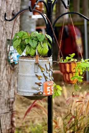 Galvanized Bucket & Copper Baking Mold become upcycled hanging planters!
