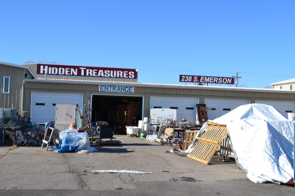 One of the best junk and resale stores Ive been visited is located at 238 S. Emerson in Shelley, Idaho.  45000 square feet full of some new but mostlly used items.