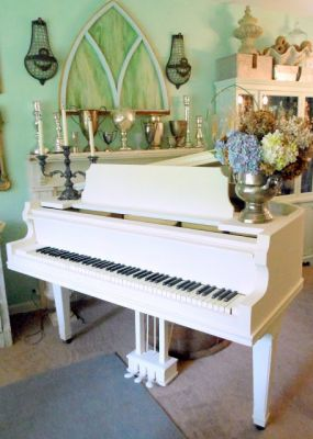 I used Annie Sloan Chalk Paint in Old White to paint my ugly, brown grand piano.